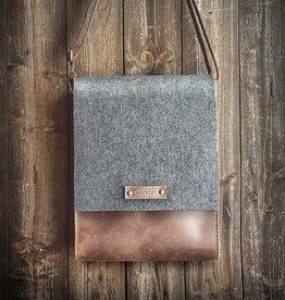 "werktat ""Werksbote Hans the long"" in brown, messenger bag, felt and leather"