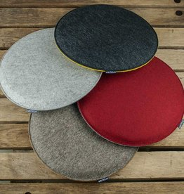 werktat felt seat cushions padded, round, chair cushions, bench cousions stuffed, upholstered 30cm 32,5cm 35cm 37,5cm 40cm