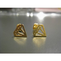Stud Earrings #Diamond - Gold