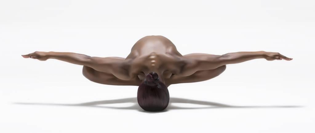 Umo Art Gallery Perfect Balance