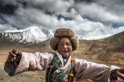 Umo Art Gallery Smile {Tibet}