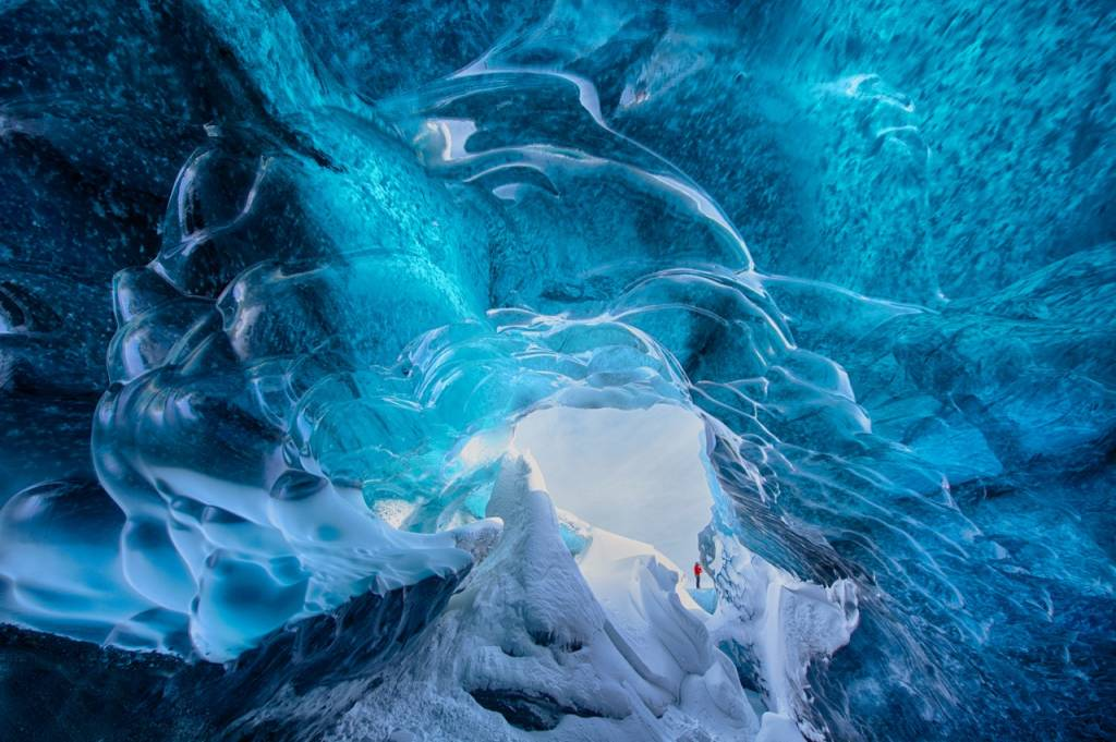 Umo Art Gallery The ice cave