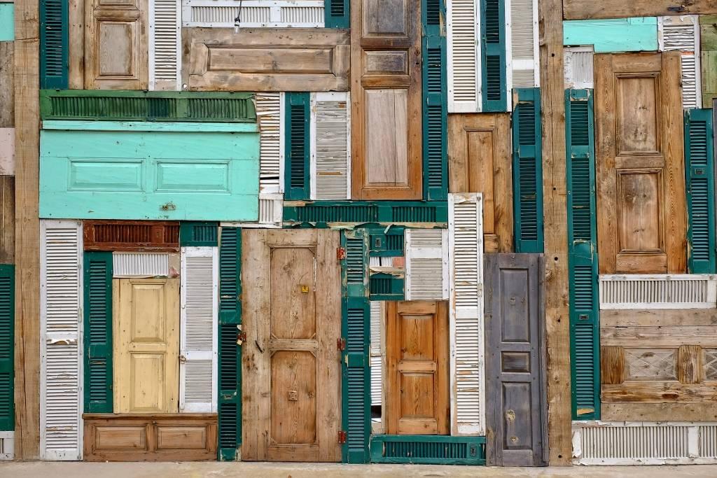 Umo Art Gallery The Doors
