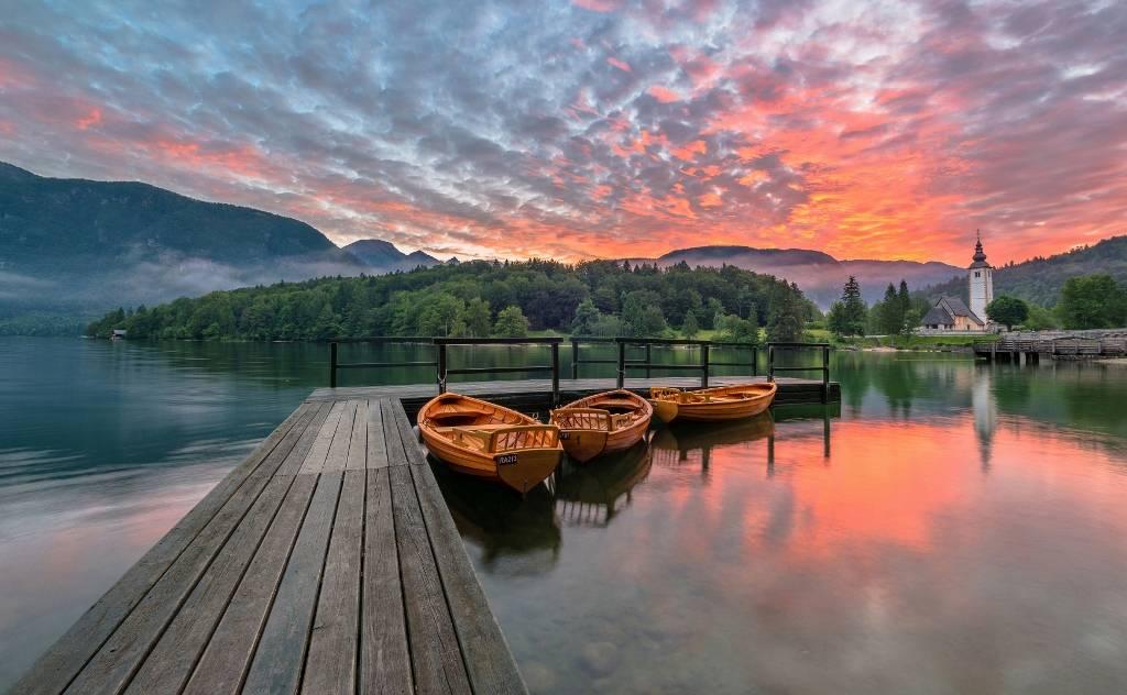 Umo Art Gallery Bohinj lake