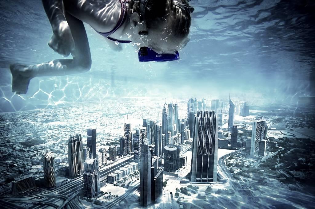 Umo Art Gallery Dubai pool