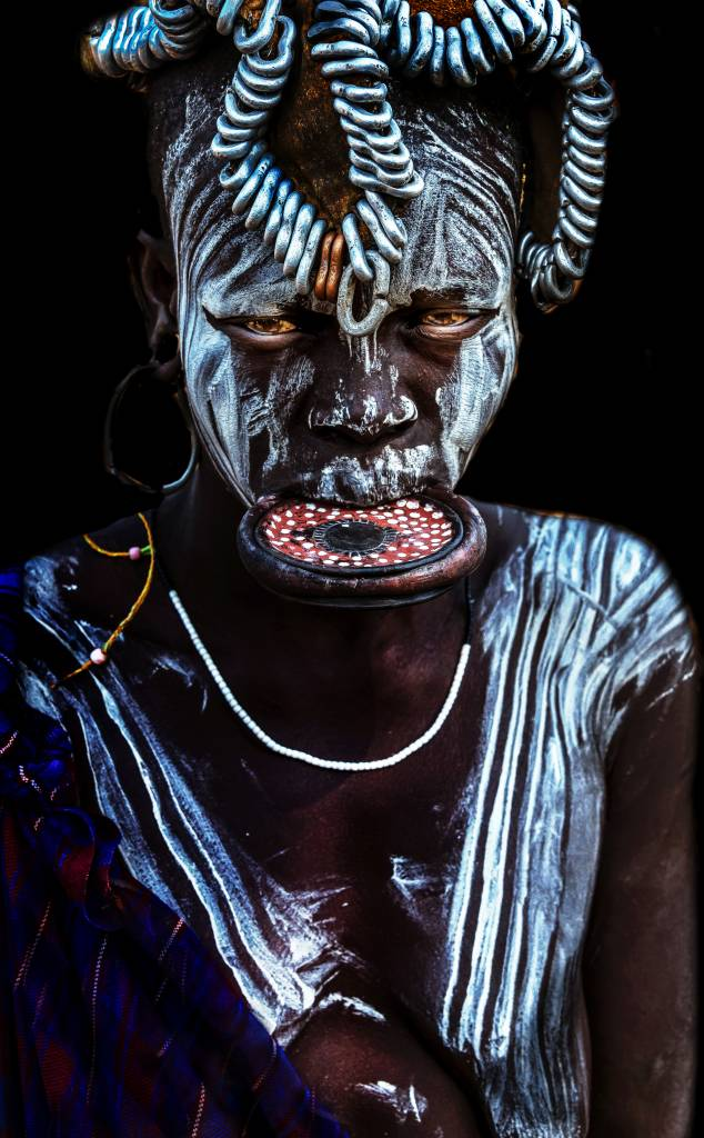 Umo Art Gallery Mursi Woman