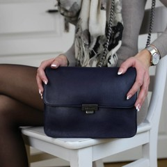 CLUTCH JANICE IN CHAINS Leder blau