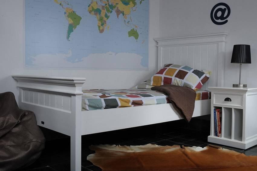 landhausm bel schlafzimmer neuesten design kollektionen f r die familien. Black Bedroom Furniture Sets. Home Design Ideas