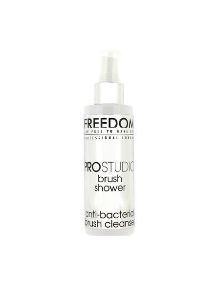 Freedom Makeup London Freedom Professional Studio Brush Shower antibacterial