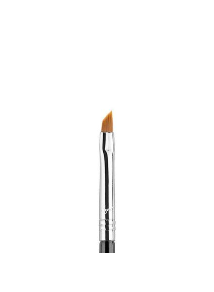 Sigma Beauty Sigma E06 Winged Liner™