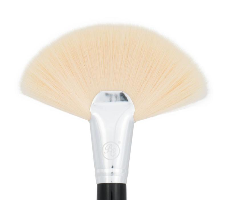 Boozy Cosmetics BoozyBrush 3500 Fan Brush