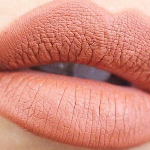 Zo blijft je lipstick heel de dag zitten