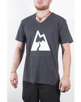 Gipfeltraeumer T-Shirt - Bergsüchtig - grau