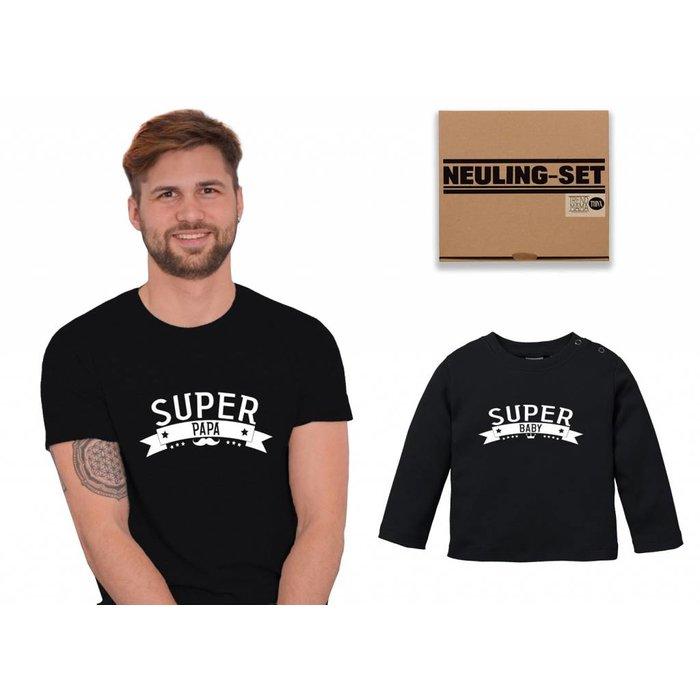 Super Papa & Baby Neuling Geschenkset im Partnerlook-werdender frischgebackener Papa| T- Shirt & Baby Langarm Shirt im Geschenkkarton von Trend Mama| Schwarz