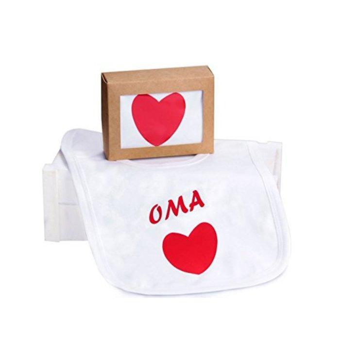 """Lätzchen im Geschenkkarton """"Oma"""