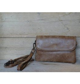Eternel Clutch Camel