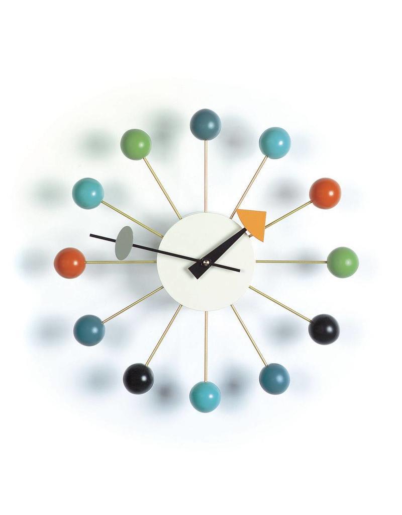 vitra ball clock haar van boven n zij van beneden haar van boven n zij van beneden. Black Bedroom Furniture Sets. Home Design Ideas