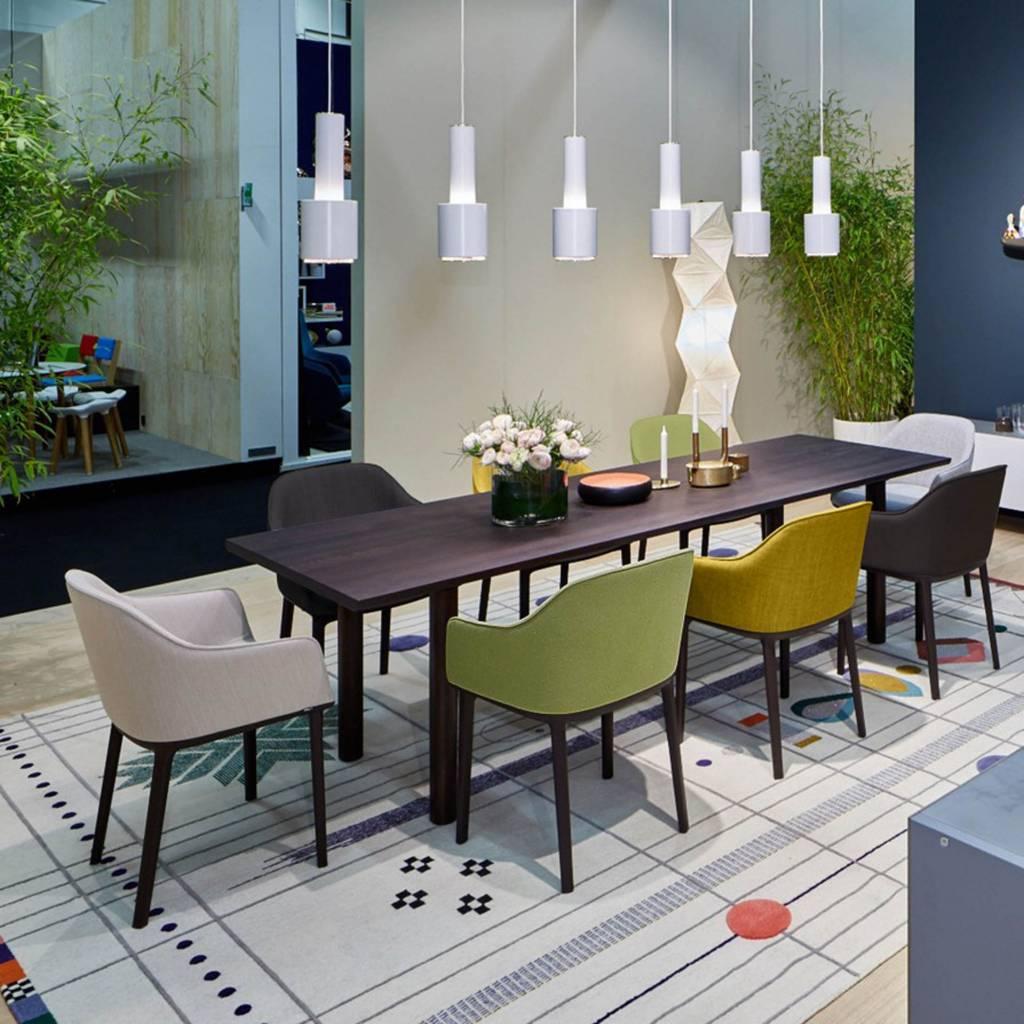 vitra softshell chair haar van boven n zij van beneden. Black Bedroom Furniture Sets. Home Design Ideas