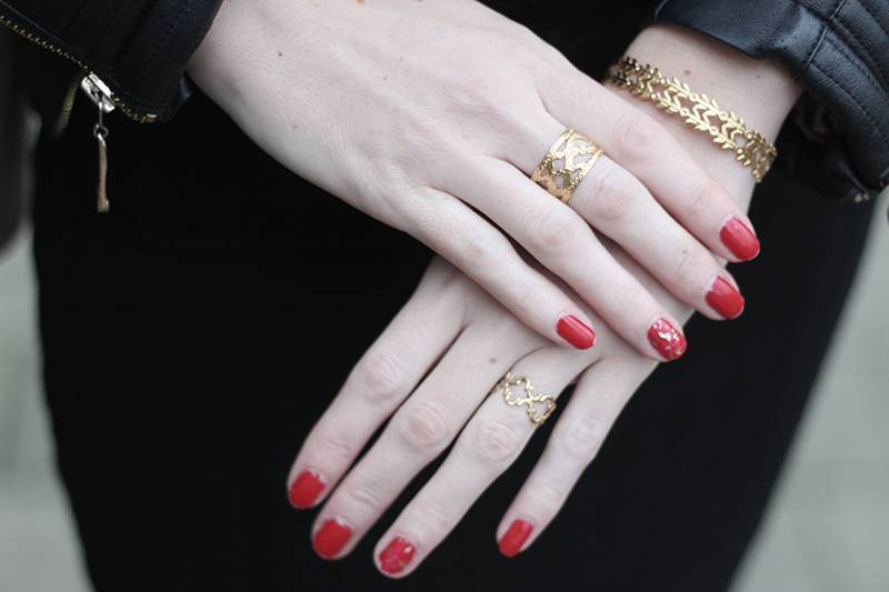 Dear Charlotte Double Leaf bracelet