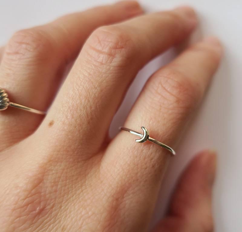 Midsummer Star Mini Moon Ring