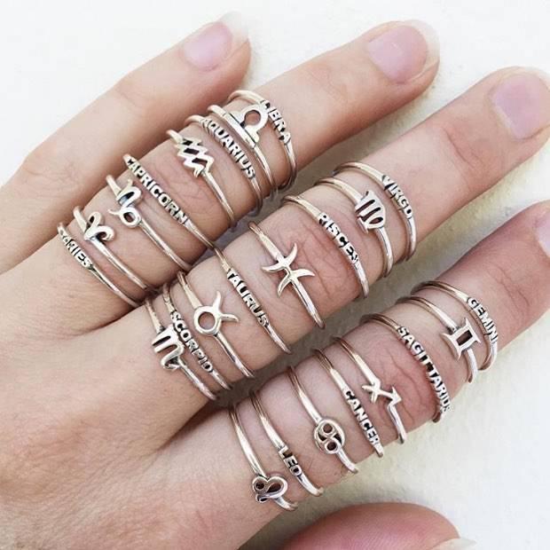 Midsummer Star Capricorn Ring
