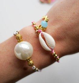 Boho Babes Pearl bracelet