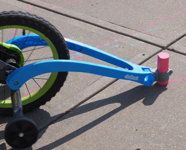 Fat Brain Toys Chalktrail Fiets Blauw