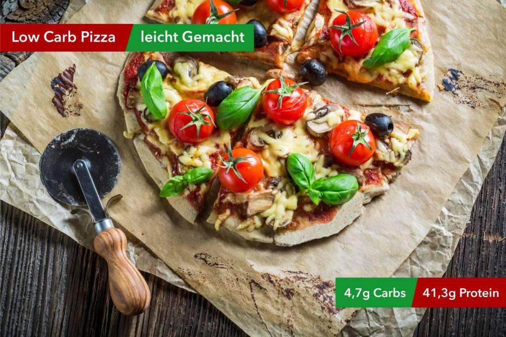 Wer sagt, dass Pizza ungesund ist? Mit unserem Low-Carb Pizzarezept haben wir die Regeln geändert.