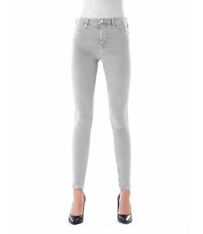 COJ Sophia Microchip Reshaped Jeans