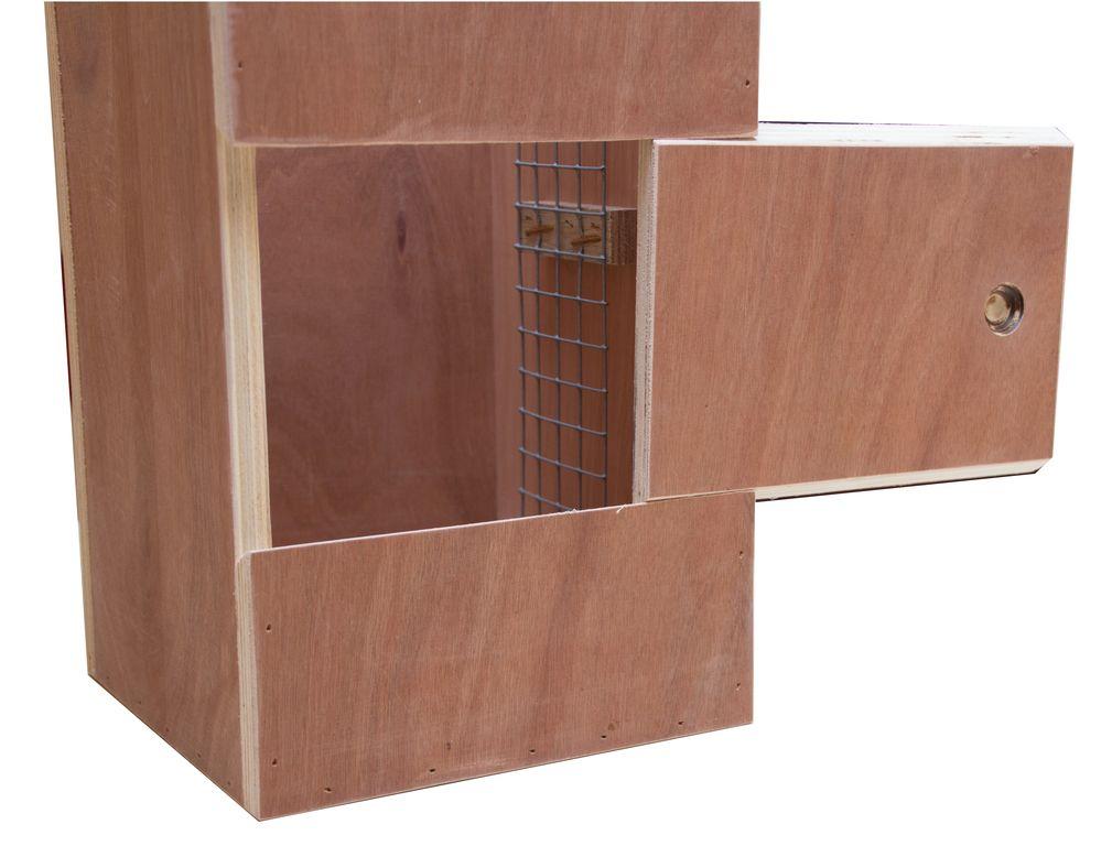 Nestkast voor de Derbyanparkiet