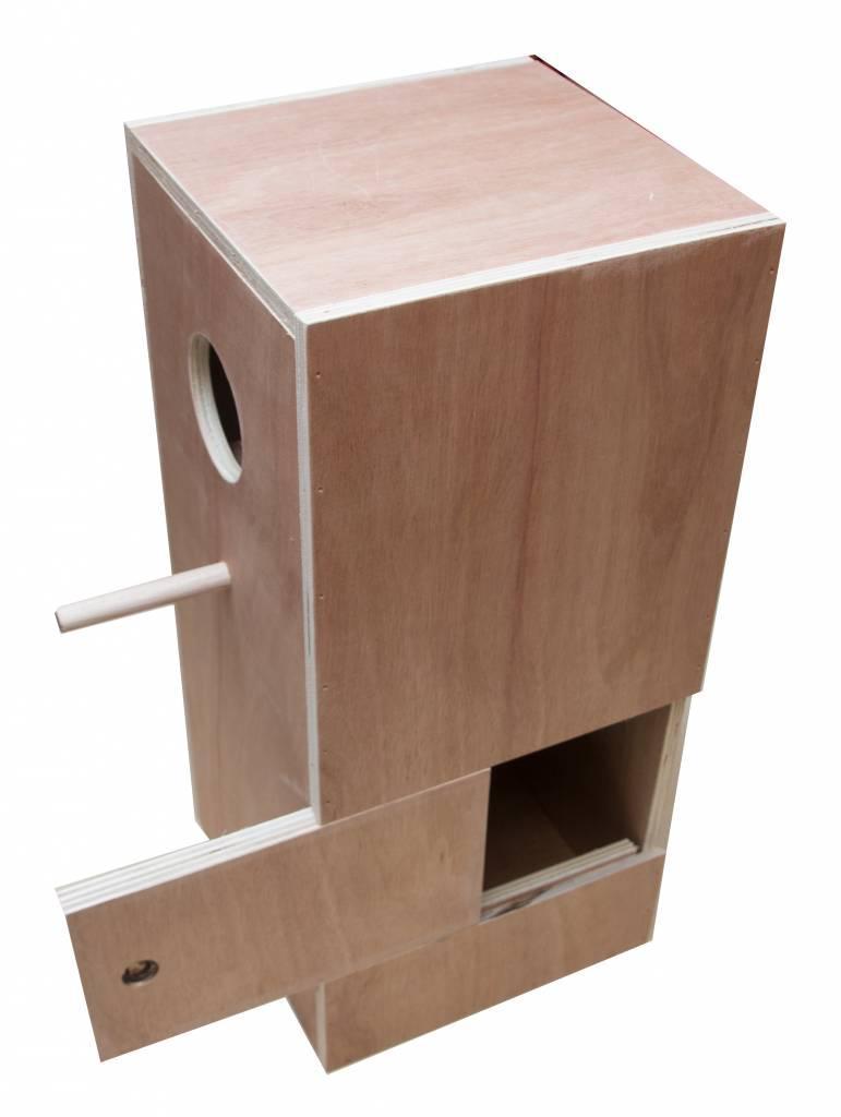 Nestkast voor de Roodschouder parkiet