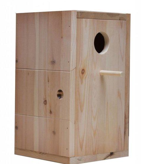 Nestkast voor de Vuurvleugelparkiet