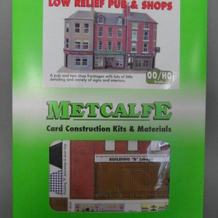 Metcalfe PO205 Low relief pub and shops (H0/OO gauge)