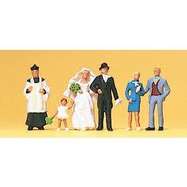 Preiser Brautpaar, katholischer Geistlicher, Satz von 6, Spur H0