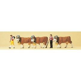 Preiser 2 Herders met 3 koeien, Schaal H0
