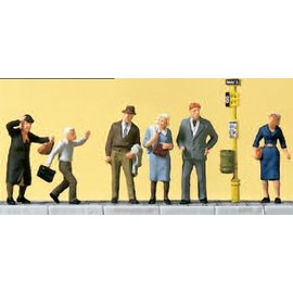 Preiser Waiting persons at the tram stop, with accessories, 6 pieces kit, scale H0