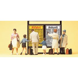 Preiser Passengers in front of arrival/departure information, with accessories, 6 pieces kit, scale H0