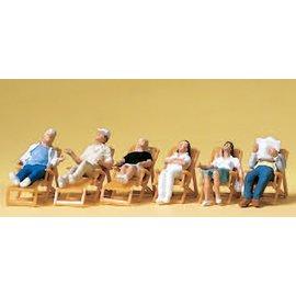 Preiser Figuren die relaxen op een terras, Set van 6, Schaal H0
