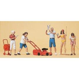 Preiser Hobby gardeners, 6 pieces kit, scale H0