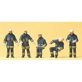 Preiser Feuerwehrmänner mit Einsatzkleidung am Fahrzeug, Satz von 5, Spur H0