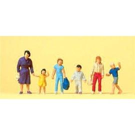 Preiser Women with children, 6 pieces kit, scale H0