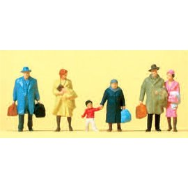 Preiser Walking travellers, 6 pieces kit, scale H0