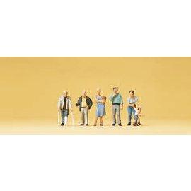 Preiser Passanten, 5 figures, scale N