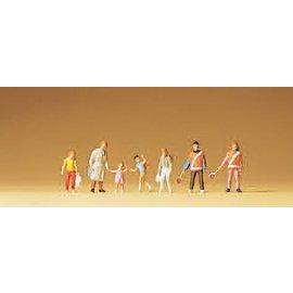 Preiser School crossing patrol, 7 figures, scale N