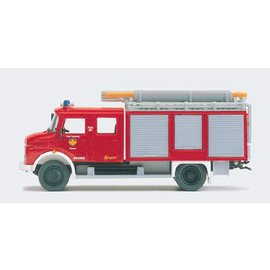 Preiser Hose carrier fire dept, 1 figure, scale H0