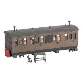 Ratio Ratio Trackside Series 501, als schuur gebruikte buiten dienst gestelde wagon (schaal H0/00)