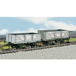 Ratio Ratio Rolling Stock 576 LMS Traffic Coal 4 Plank Wagons (gauge H0/00)