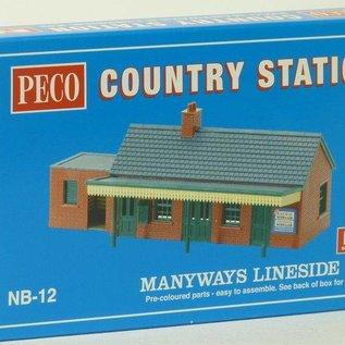 Peco Peco NB12 Landelijk Station (schaal N)