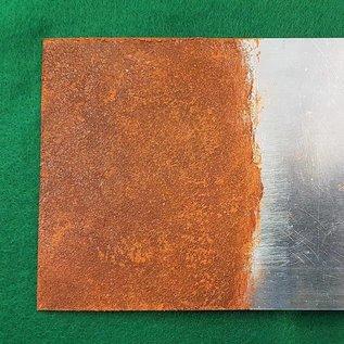"""Rust it, speciale """"verf"""" om zeer realistische roest aan te brengen"""