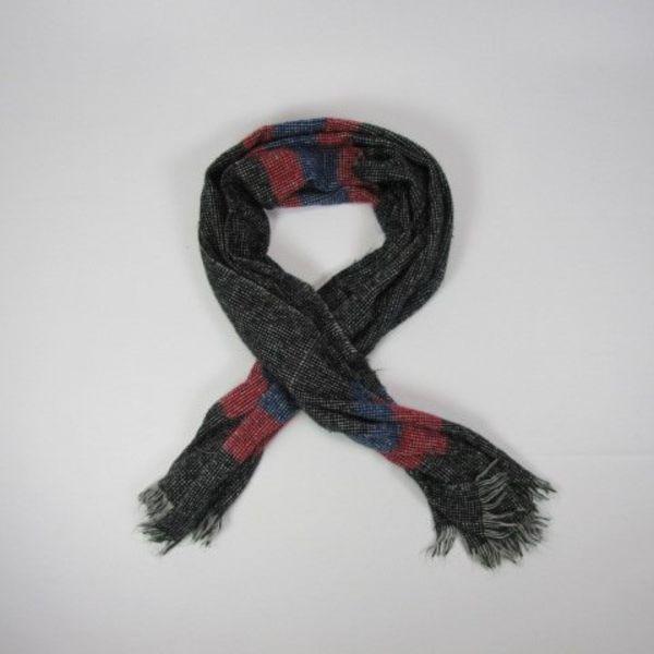 Warme pluizige sjaal